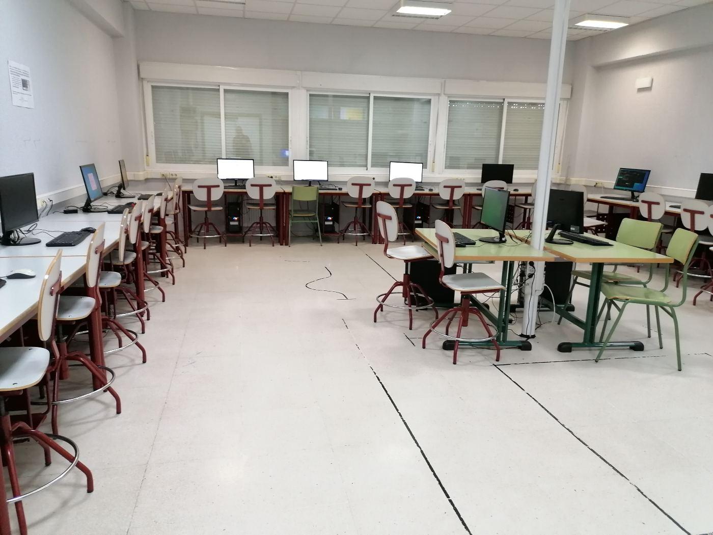 mantenimiento aula informatica