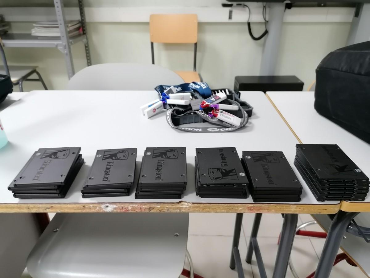 Maquetacion aula son SSDMaquetacion aula son SSD
