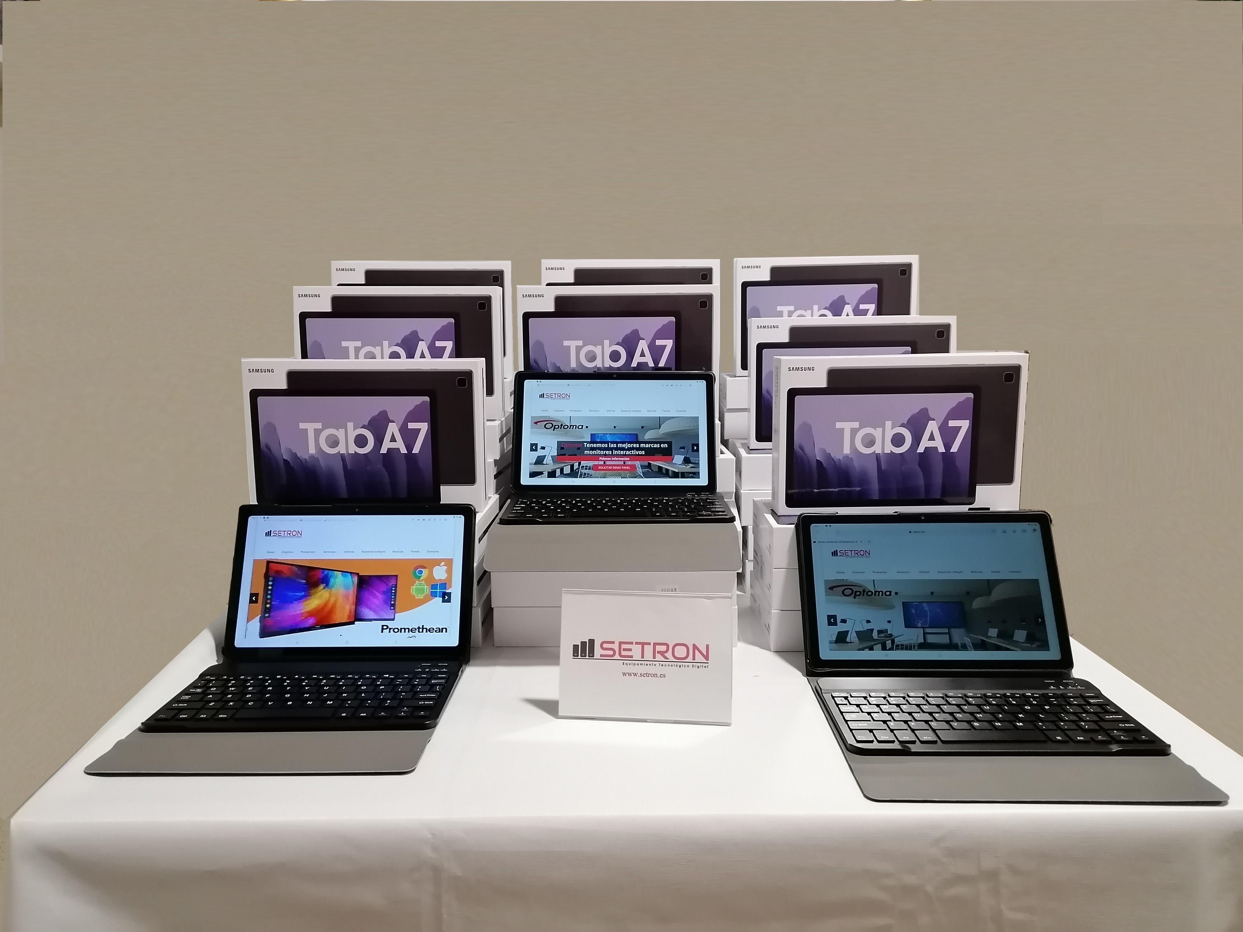 Samsung Tab A7 con teclado