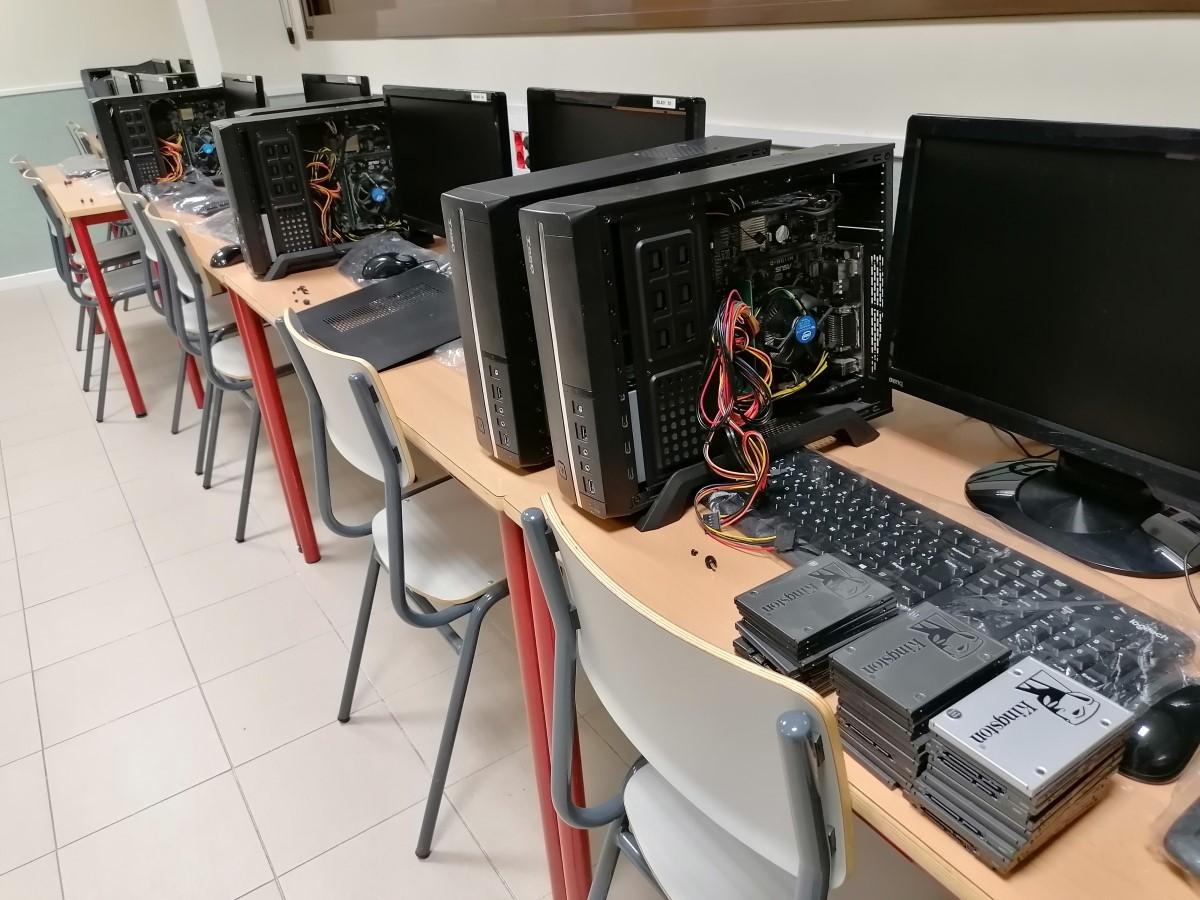 Mantenimiento aulas de informática